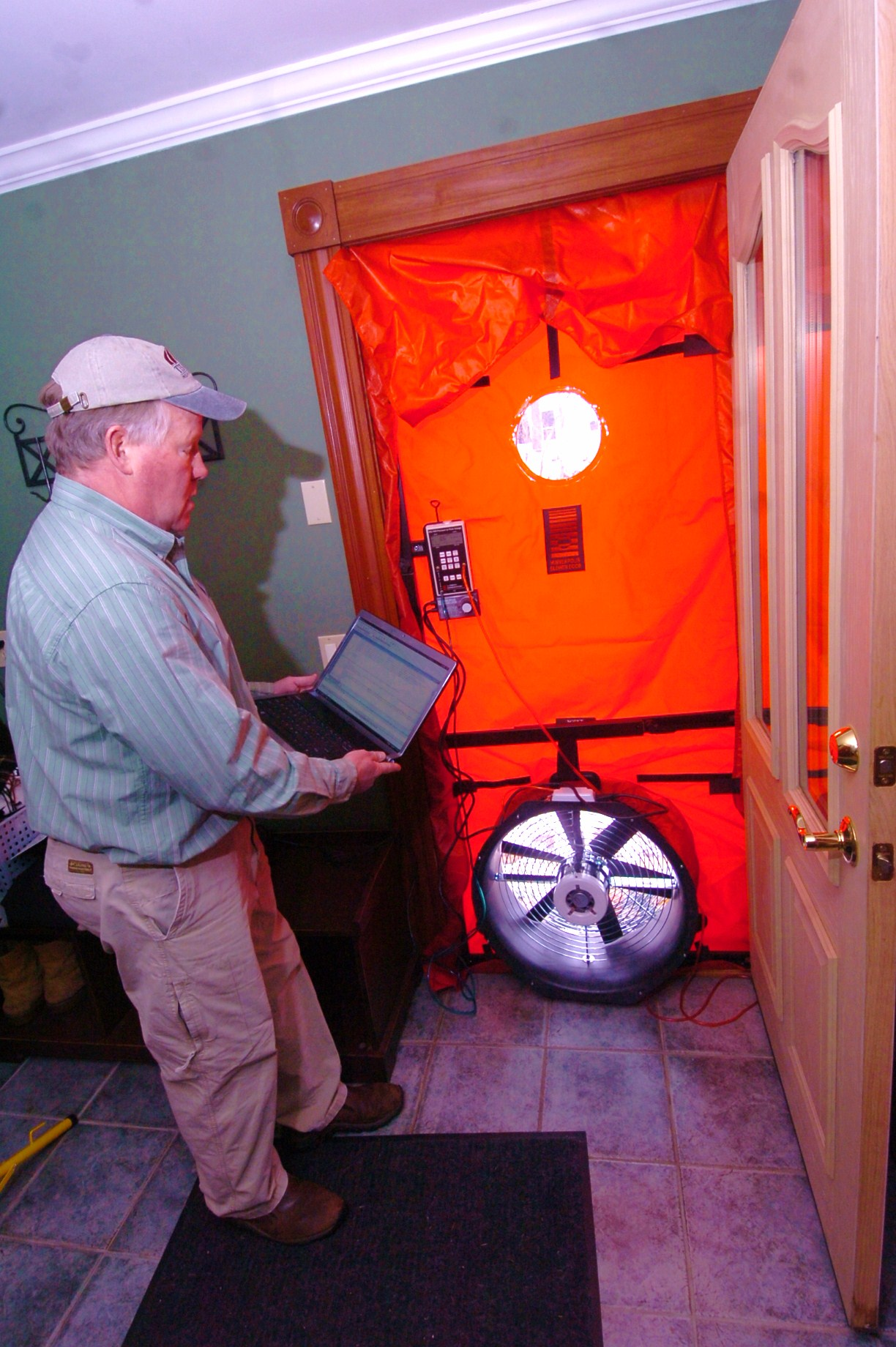 home test testing energy duct and blower llc door infrared raters